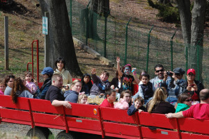 Hayrides at Linvilla Orchards, a PR client of Breslow Partners Philly Public Relations